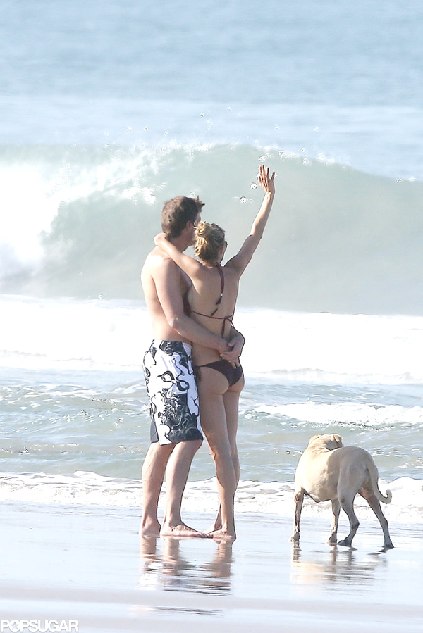 Gisele Bündchen, Tom Brady and their dog Lua